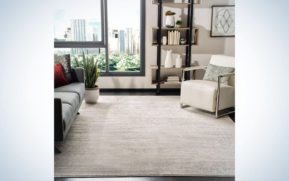 The Safavieh Adirondack Collection Modern Ombre Area Rug is the best for large spaces.