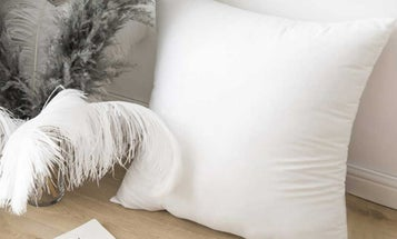 Add Comfort and Color to Your Home With the Best Throw Pillows