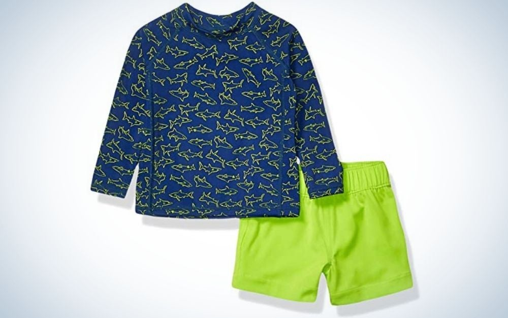 The Amazon Essentials Baby Boys Long Sleeve Swimsuit Set is the best value toddler boys' swimsuit.