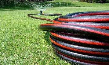 Three Keys to Picking the Perfect Garden Hose