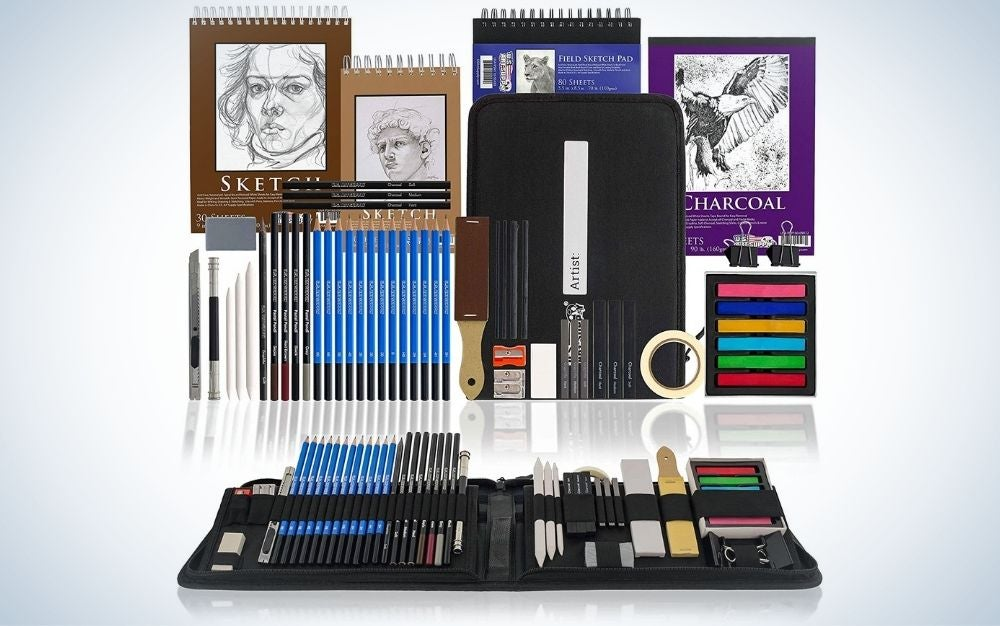 Drawing and sketching art set with 4 sketch pads and artist kit