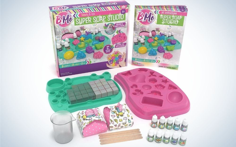 The B Me Soap Making Craft Kit has the best soap making molds and kits for kids.