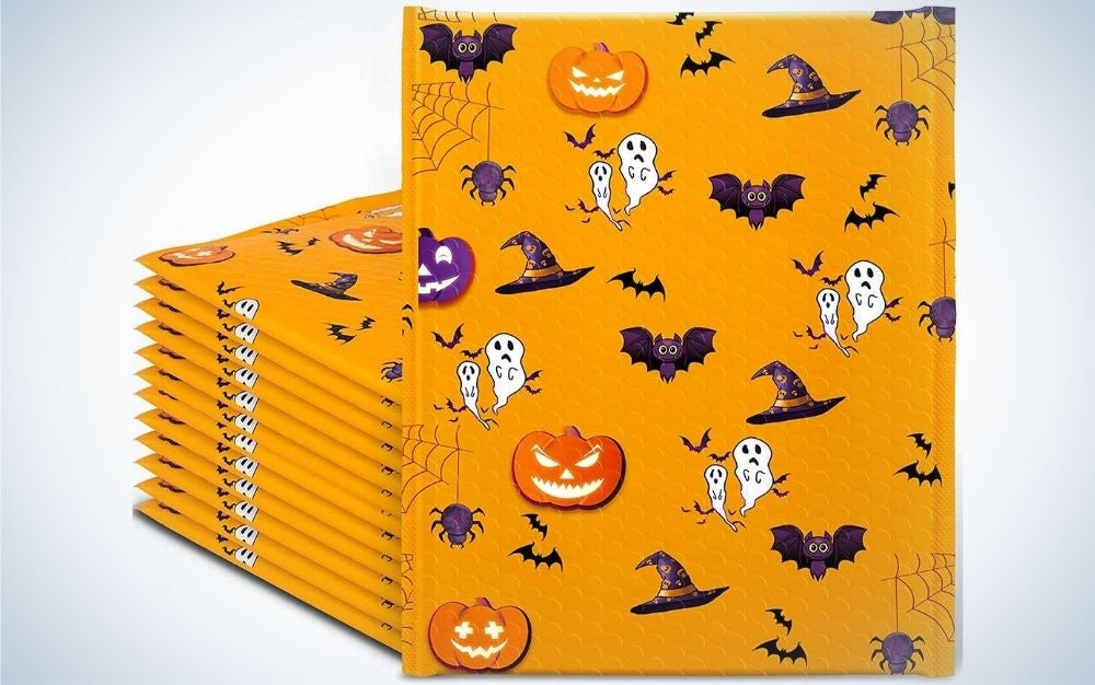 HOOMUU Halloween Bubble Mailers are the best holiday-themed.