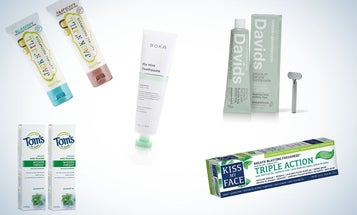 The Best Natural Toothpastes To Keep Your Smile Bright and Healthy