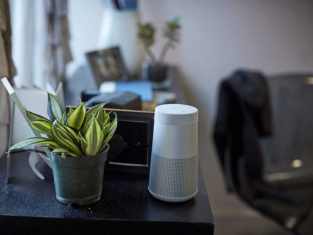 Smart speaker to use with Google Assistant.