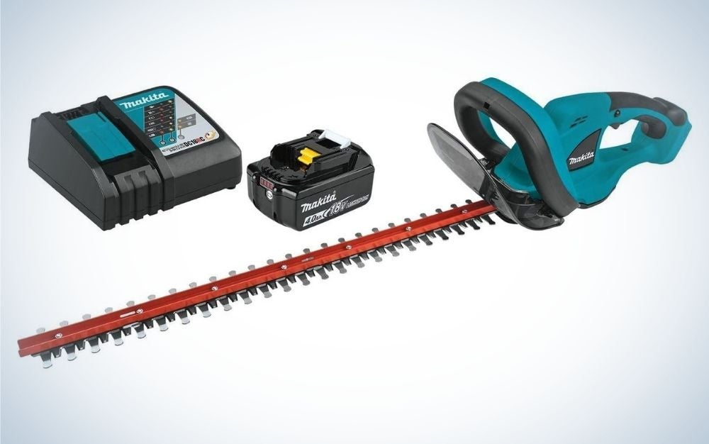 The Makita XHU-2M1 18V LXT Lithium-Ion Cordless trimmer comes as a complete kit.