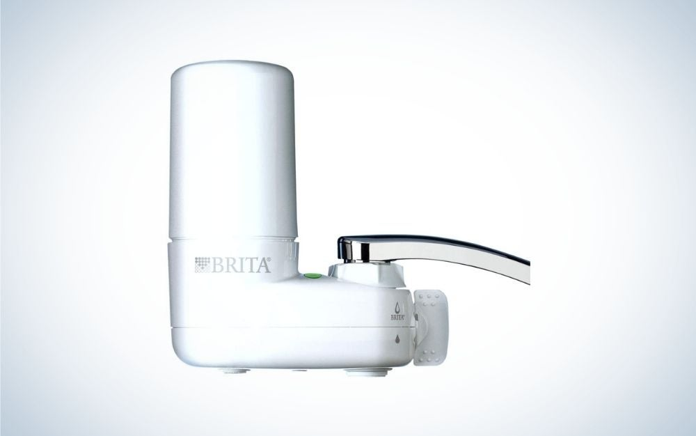 Vertical and white faucet water filter