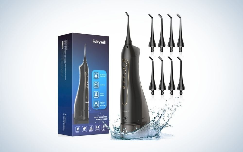 Black cordless water flosser with 8 Jet Tips