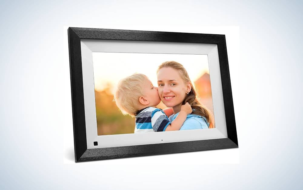 The Sammix Digital Picture Frame is the best touch screen.